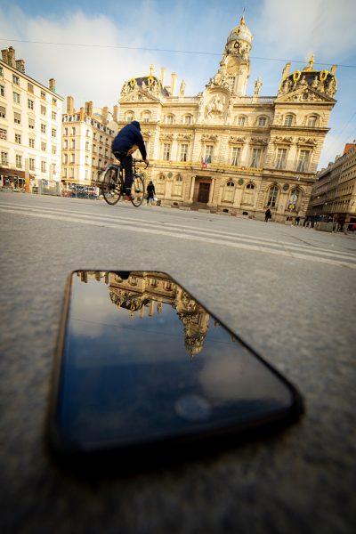 Lyon photographie photographe aparisi place des terreaux hôtel de ville vélo velo'v
