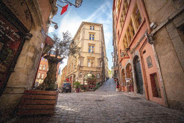 Lyon photographie photographe aparisi vieux lyon traboule pluie
