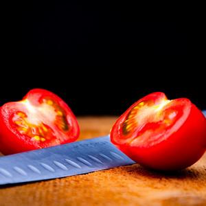 Tomate et son couteau